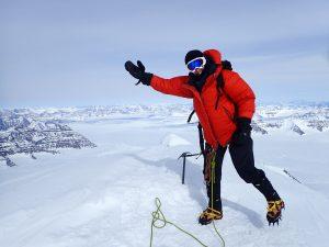 Mount Gunnbjorn Fjeld   BARAKA